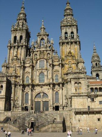Fachada de la catedral (V)